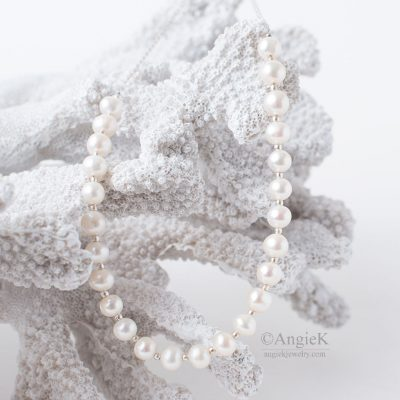 fall/ winter jewelry handcrafted minimalist classic White Freshwater Pearls Sterling Silver Necklace for special ocassion